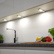 Quadra LED Under Cabinet Light With Sensor - Cool white single light with sensor