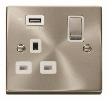 Satin Chrome Double Socket With USB Charger - Single 1 Gang With USB - White