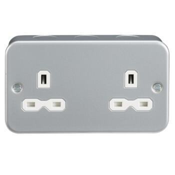 Metal Clad 13A 2G Unswitched Socket - Double 2 Gang