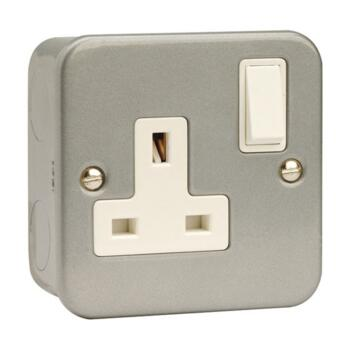 Metal Clad 13A Single Switched Socket - Metal Clad